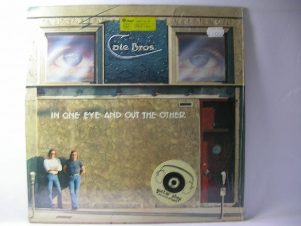 Discos vinilos baratos - Cate Bros.: In One Eye And Out The Other, Cate Bros., venta de vinilos online, tienda de discos online, venta vinilos de rock en Chile